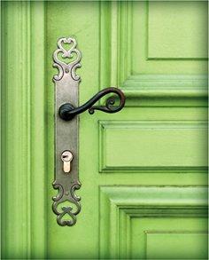 green_door_S.jpg